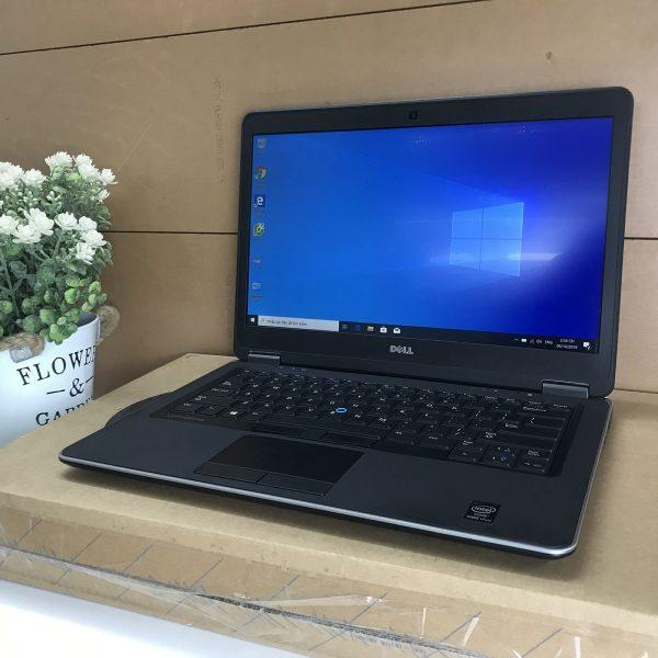 Laptop Dell 7440 i5